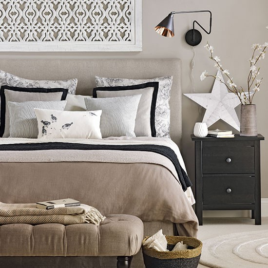 Tony taupe bedroom