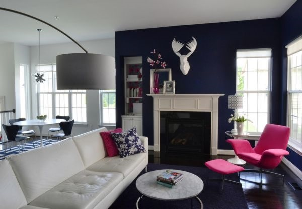 ink-blue-living-room-color-for-fall