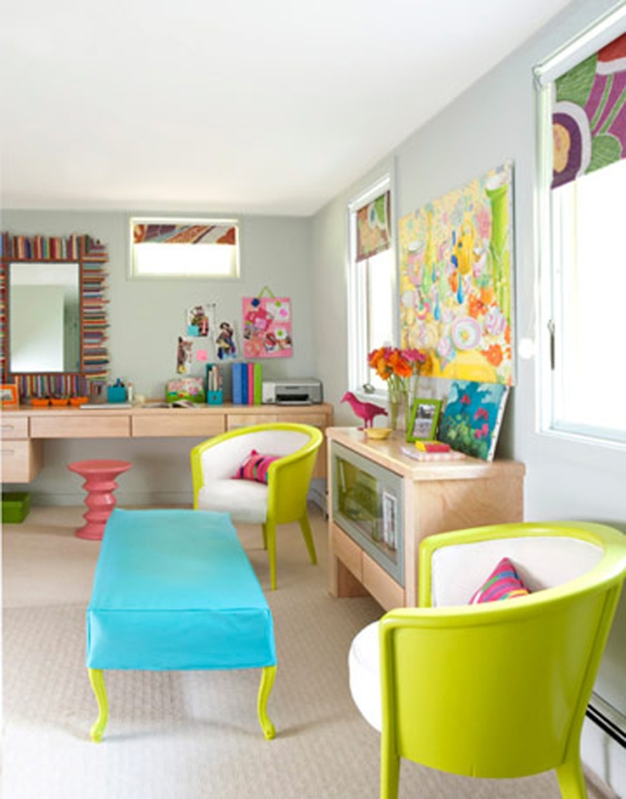 living-room-in-bright-colors