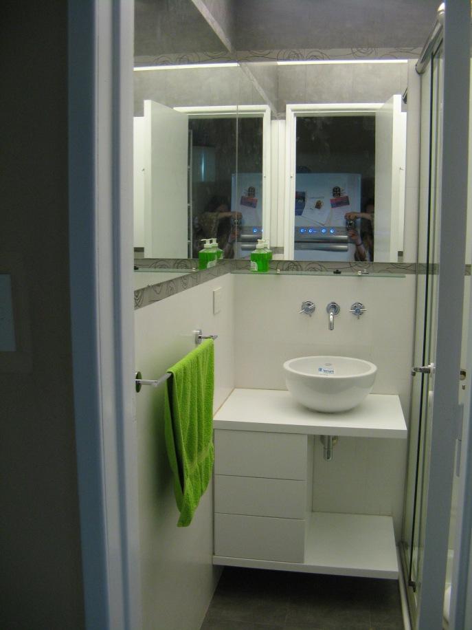 small-bathroom-design-8
