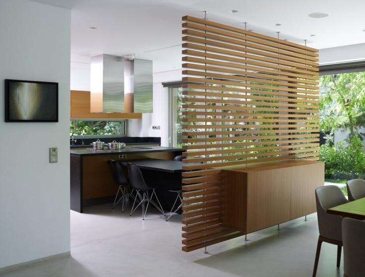 Декоративная перегородка из дерева