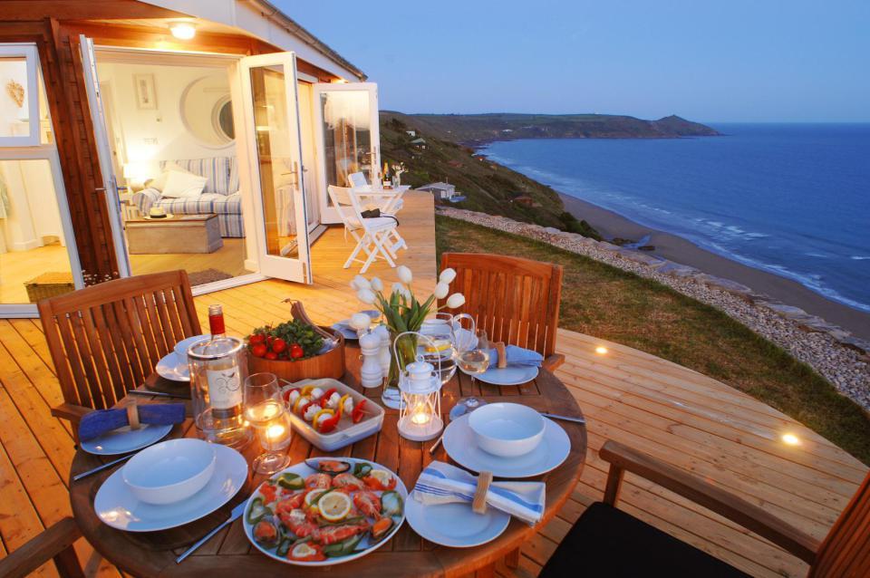Недорогой дом в Патры с видом на море