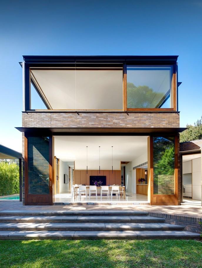 dizain-doma-v-sovremennom-stile-vitrinnye-okna-2