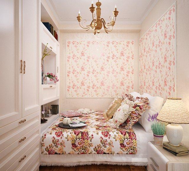 cvetochnuy-risunok-v-interiere-spalni