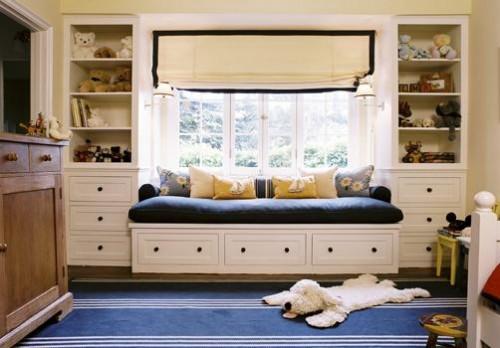 divan-y-okna-dizain-interiera-5