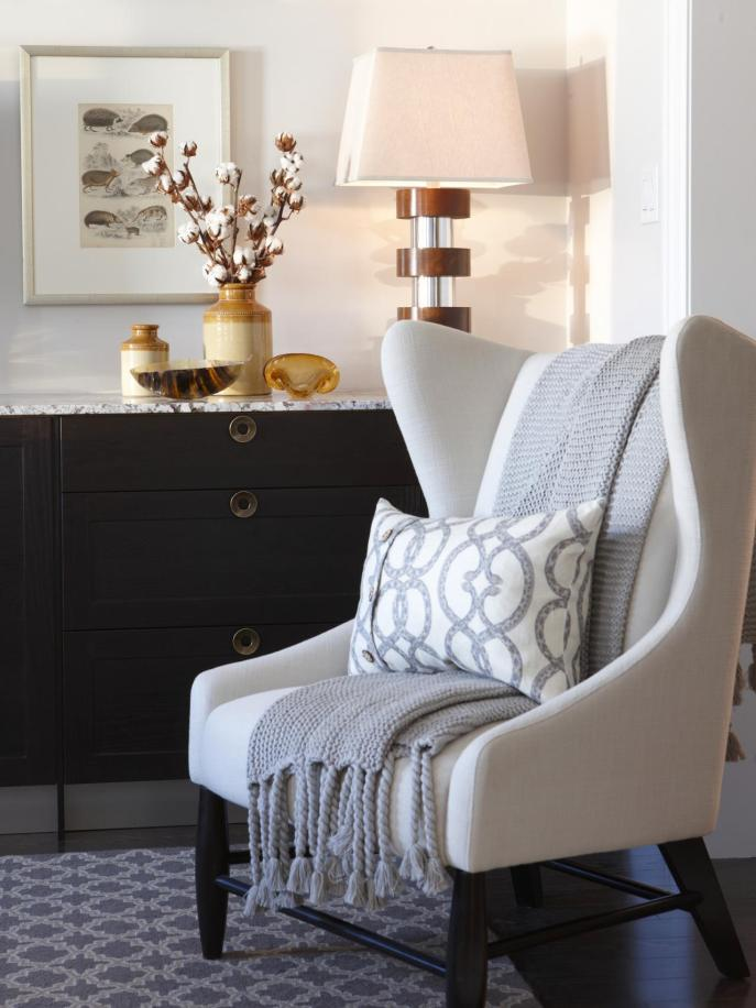 FLSRA405L_neutral-chair-contemporary-style-gray-throw_s3x4.jpg.rend.hgtvcom.1280.1707