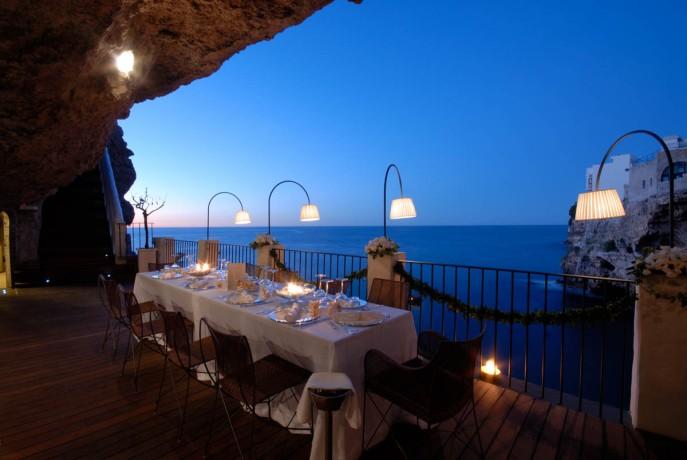 samie-romanticnie-restorani-mira-grotta_palazzese_polignano_a_mare
