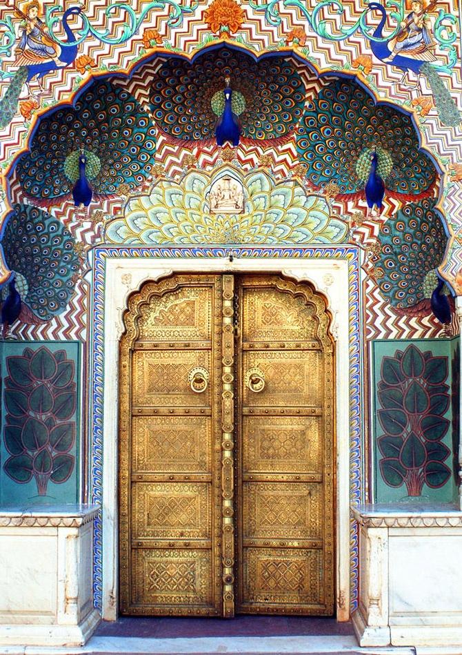 jivopisnie-arabskie-vostochnie-marokkanskie-dveri (8)