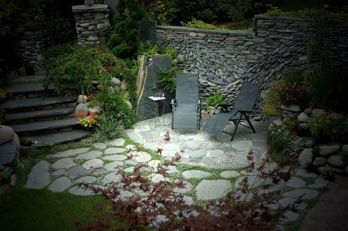 kamennie-mozaiki-prirodnii-kamen-v-dizaine (5)