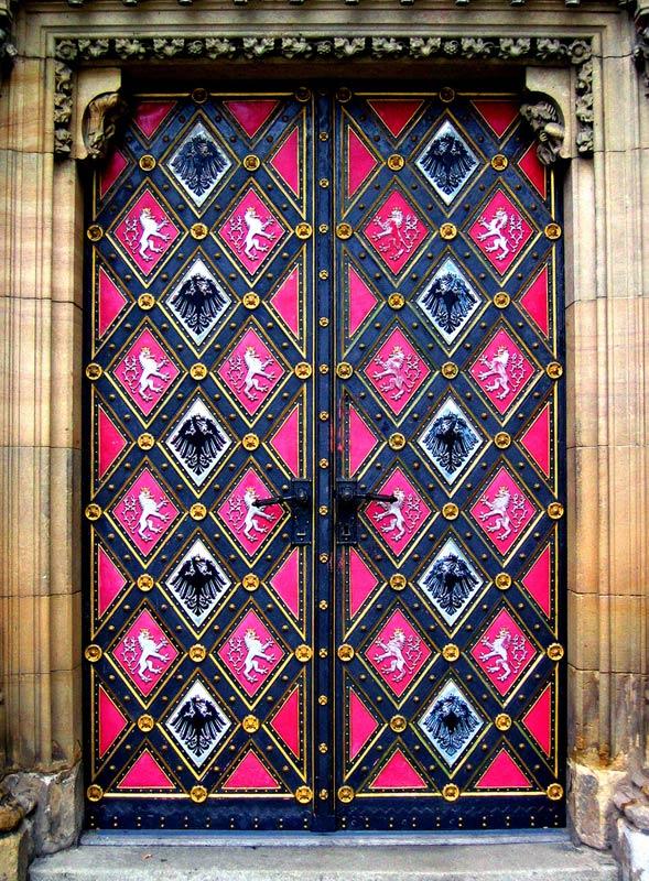 samie-yarkie-vshodnie-dveri-mira (22)