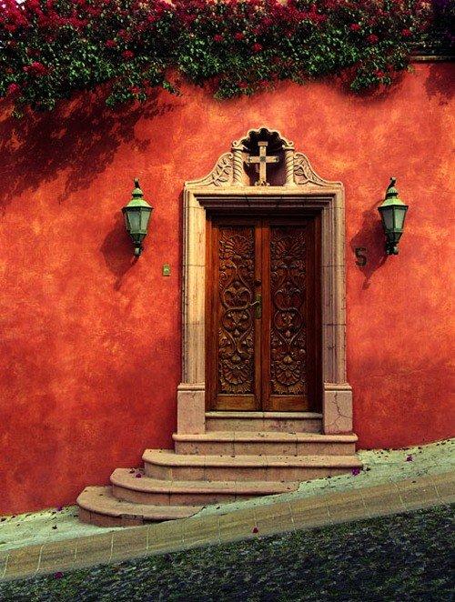 samie-yarkie-vshodnie-dveri-mira (24)